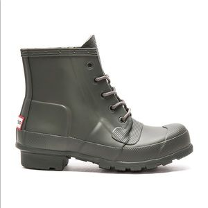 Hunter Original Waterproof Lace-Up Boot Dark Olive